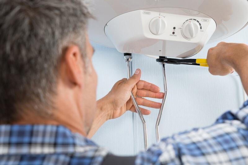 ¿Qué hacer cuándo el calentador de agua tiene fugas?